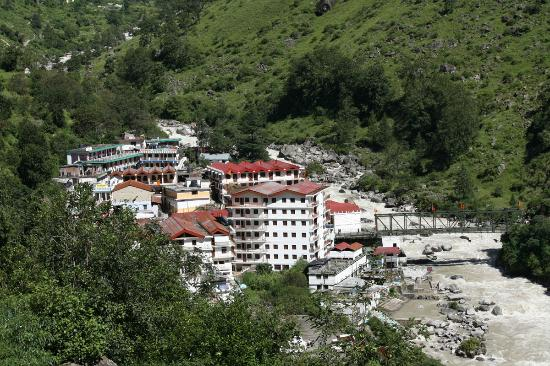 Best Accommodation Hotels in Govindghat Uttarakhand Hotels Resorts Deals Price Online with Earth Trip. BOOK Govindghat hotels and Resorts online with lowest rates & discounts. List of hotels and resorts in Govindghat with best deals, offers. Govindghat Cheap budget hotels, luxury deluxe hotels