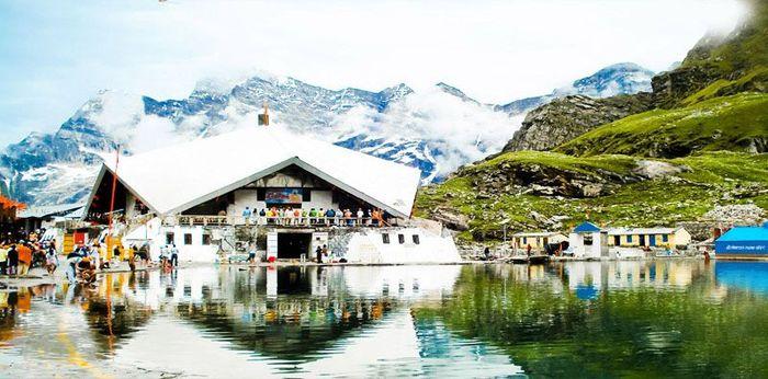 Hemkund Sahib Trek- Trekking Tour to Hemkund Sahib, Gar